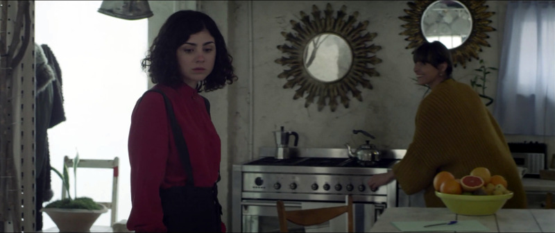 Yerbabuena es el segundo cortometraje de Estefanía Cortés, una de las guionistas y directoras más prometedoras del panorama nacional